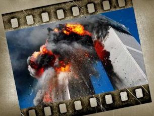 imagen `promocional´, con las torres gemelas en plena explosión
