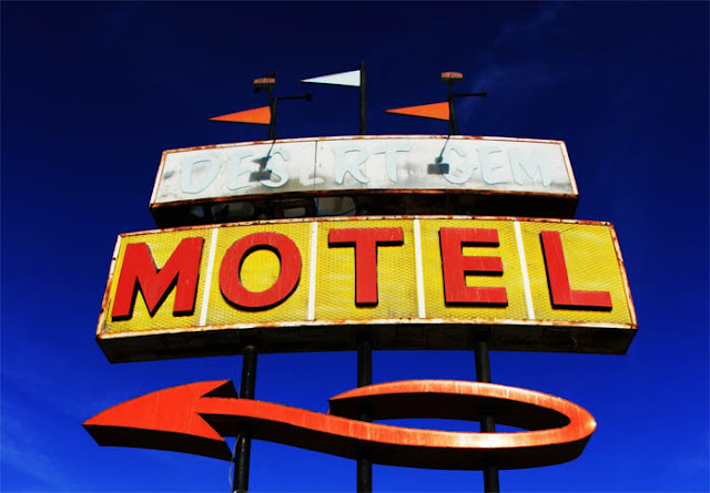 An abandoned motel in Gila Bend, Arizona called the Desert Gem.