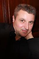 Le vrai visage des auteurs de livre jeux Doug+Headline