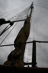 Desde esa perspectiva... la cubierta, mástiles y jarcias cambiaban su estructura a cada paso