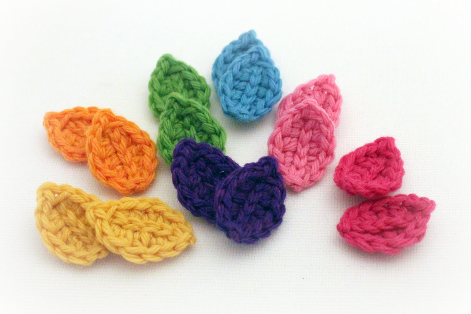 Crochet Patterns Free Leaf : Las Teje y Maneje: CROCHETED LEAVES TUTORIAL