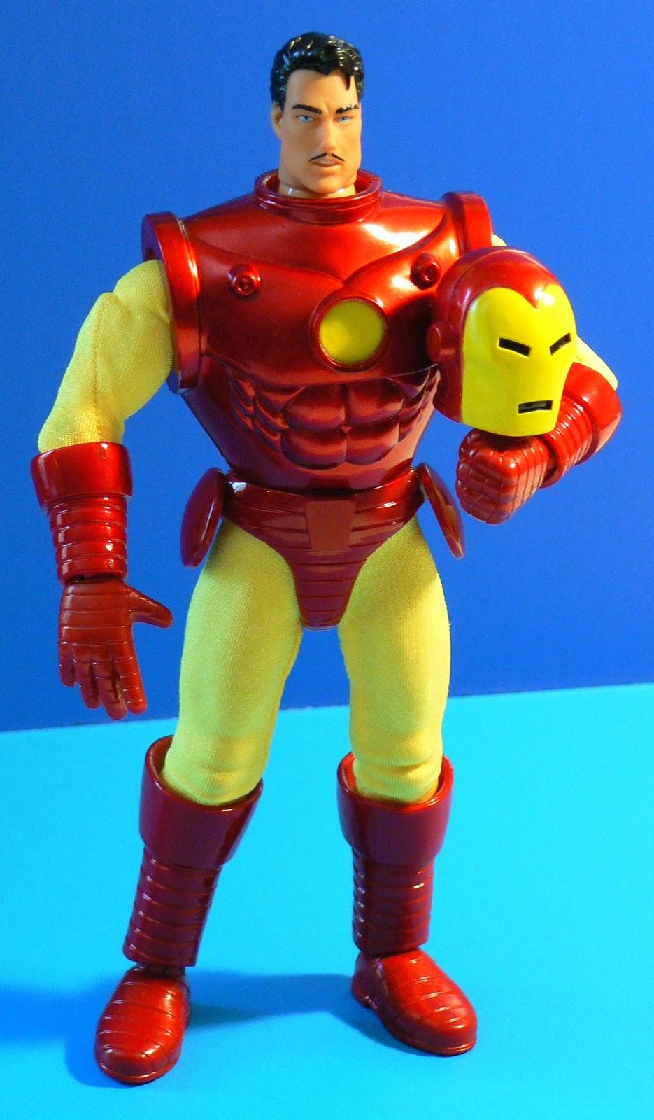 Super Dupertoybox Famous Covers Iron Man