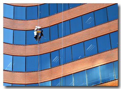 300 E Lombard Window Washer Hero