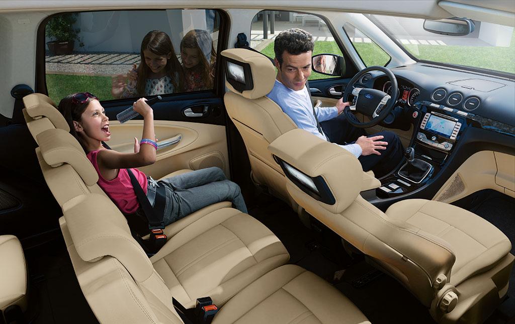 voiture communicante encore plus de technologies bord pour les ford galaxy et s max. Black Bedroom Furniture Sets. Home Design Ideas