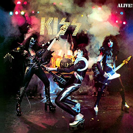 http://3.bp.blogspot.com/_PNKbgylP98s/TOq3cqprlnI/AAAAAAAAAGI/VRaXbBnSjzo/s1600/kiss+imagen+3.jpg
