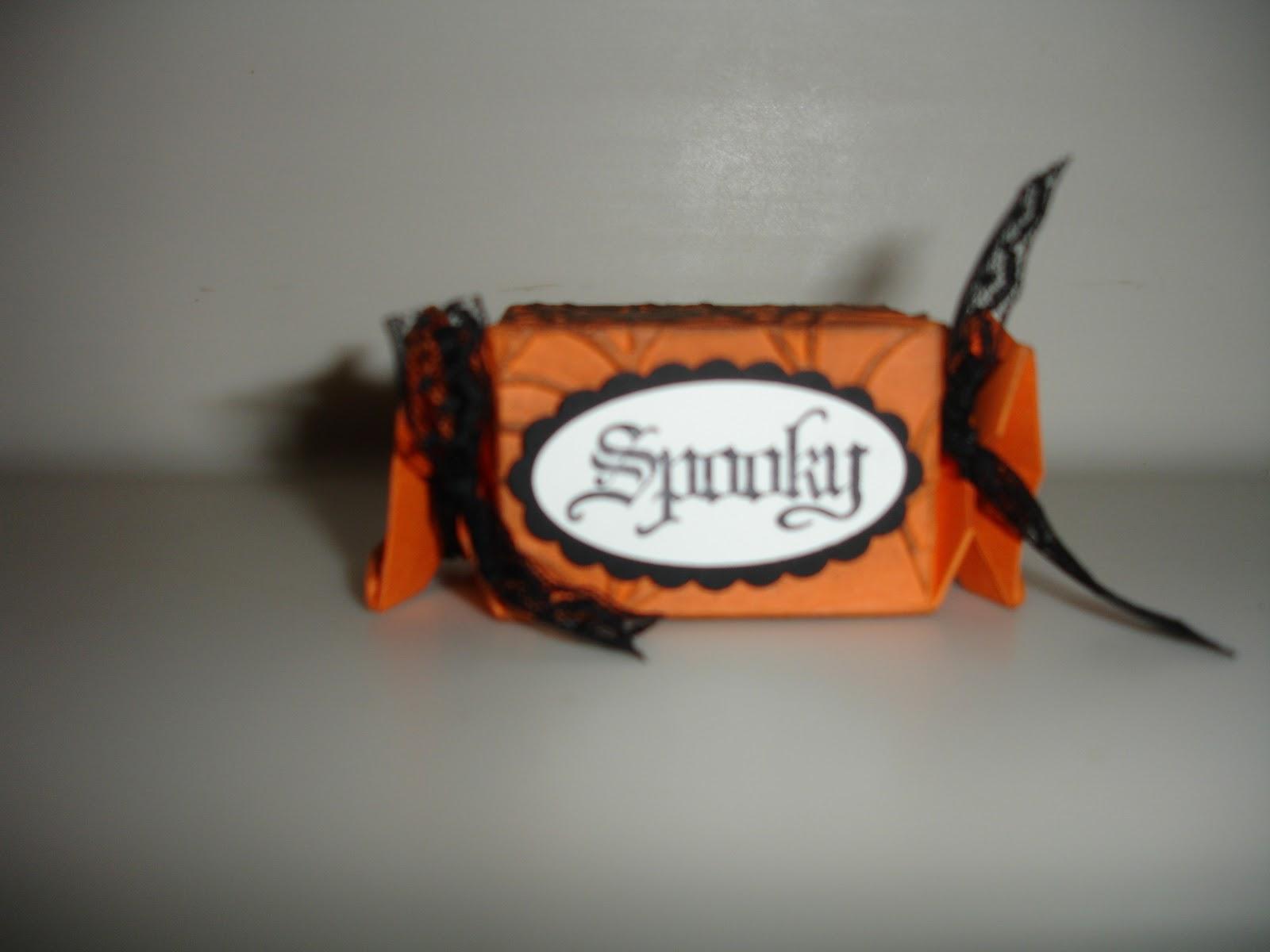 http://3.bp.blogspot.com/_PNQWbPzzUe4/TLLisqHjrbI/AAAAAAAAAaE/IrIOOhADJEg/s1600/Spooky%2525252BCandy%2525252BWrapper.JPG