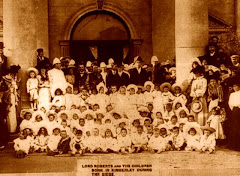 Lord Roberts with Kimberley children born during the Siege.