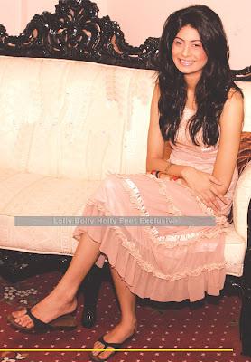 madiha iftikhar feet 010 - Madiha Iftikhar New Actress