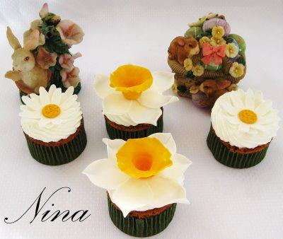 [flowercupcakes02]