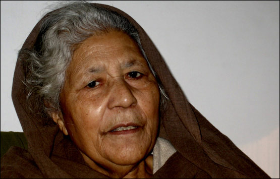 Who is who in pakistan bano qudsia for Bano qudsia poetry
