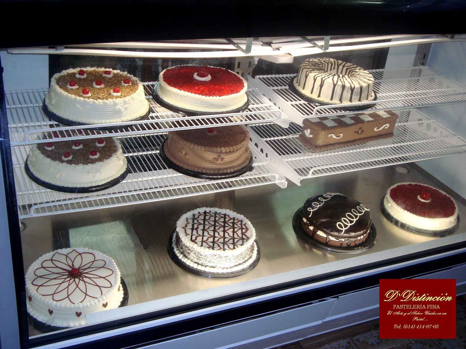 D distincion pasteleria y bizcocheria fina fine pastry for Sanborns de los azulejos precios