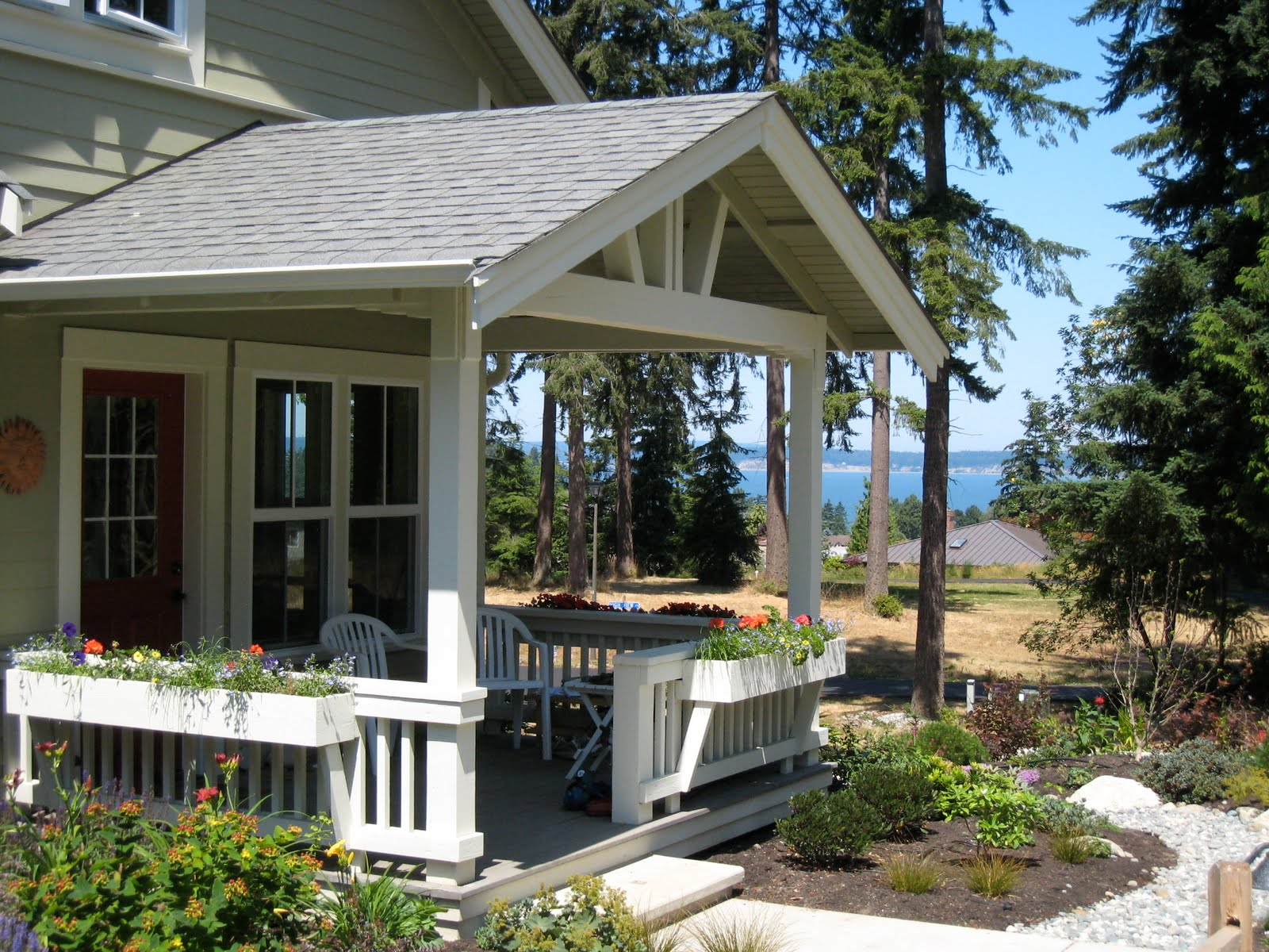 Decosee porch roof styles for Gallery porch