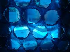 Curiosa azul
