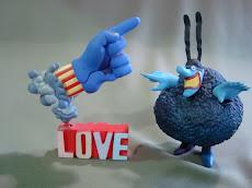 La mano del amor es azul...remember ???