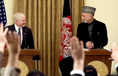 Gates: tropas podem começar a deixar Afeganistão em julho