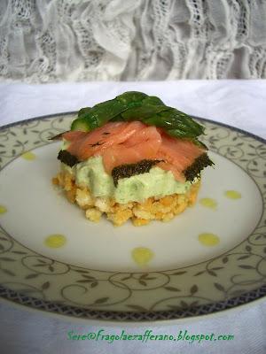 cheesecake salata alla crema di asparagi con salmone affumicato