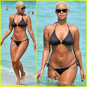 Amber Rose  Long Hair on Cheveux Longs Sur Amber   Celebrity Inspired Style  Hair  And Beauty
