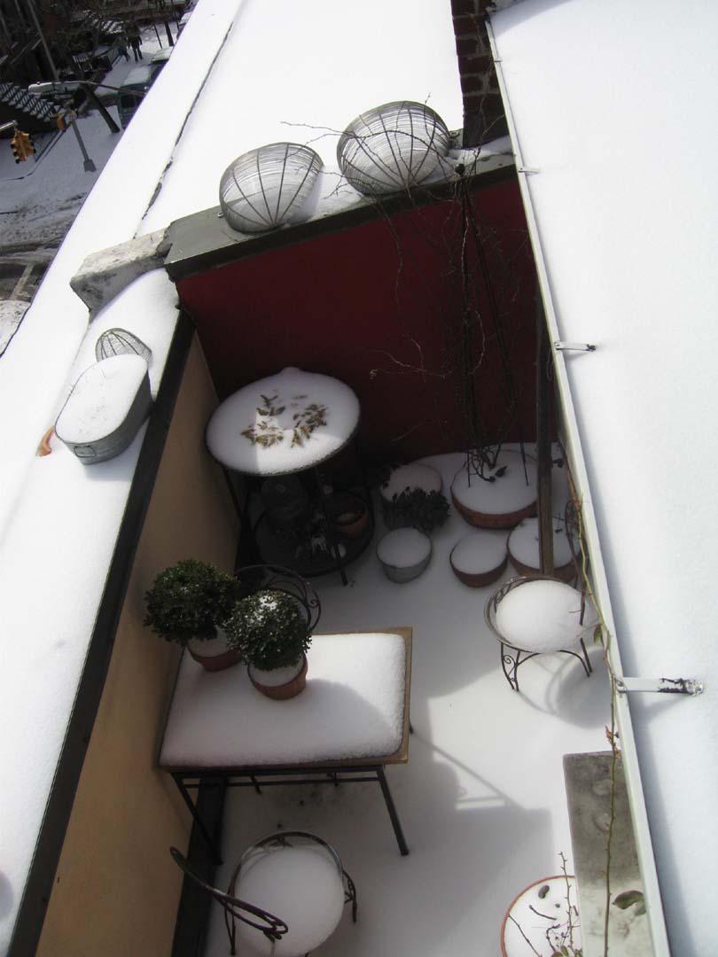 [terrace]