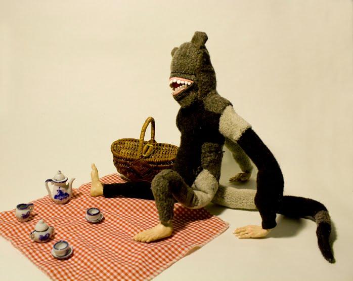 [blog_sock_monkey_god_teatime.jpg]