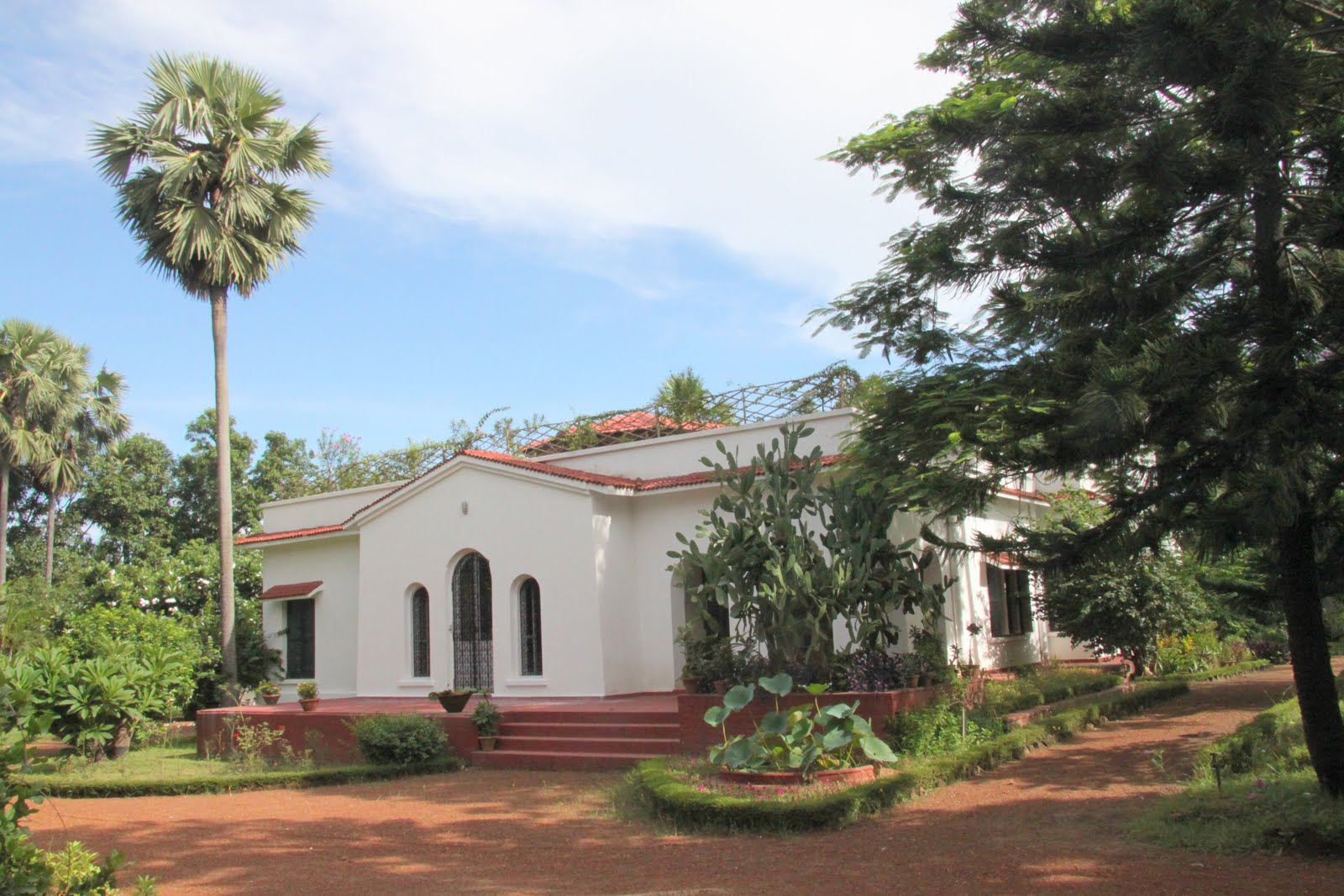 Mitali welcome to mitali shantiniketan for Shantiniketan tagore