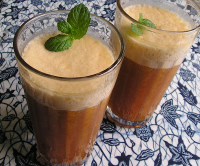 Cold Apricot Tea Whizz