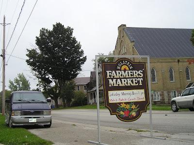 Holstein Farmers Market Sign