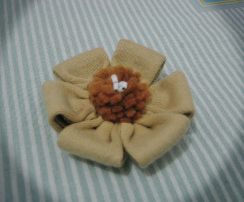 bros bunga kain coklat