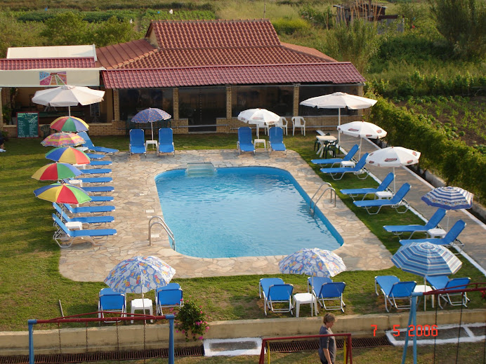 SWIMMING POOL AREA 2