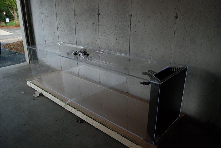 Giant aquariums december 2010 for Fish tanks craigslist