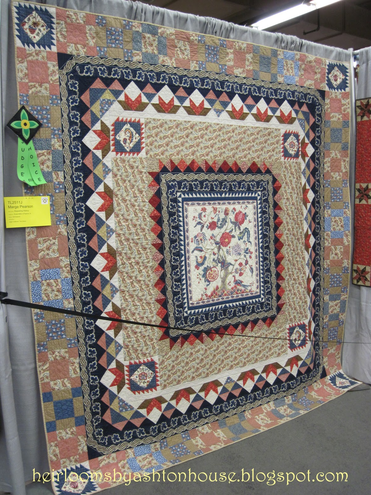 Heirlooms by Ashton House: A VISIT TO THE AMERICAN QUILTER'S ... : patchwork quilt chords - Adamdwight.com