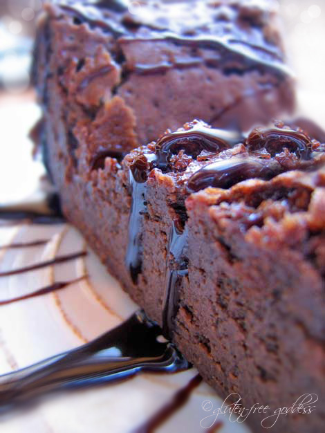 Flourless Chocolate Cake - easy and gluten-free!