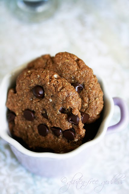 Gluten free chocolate chip quinoa cookies