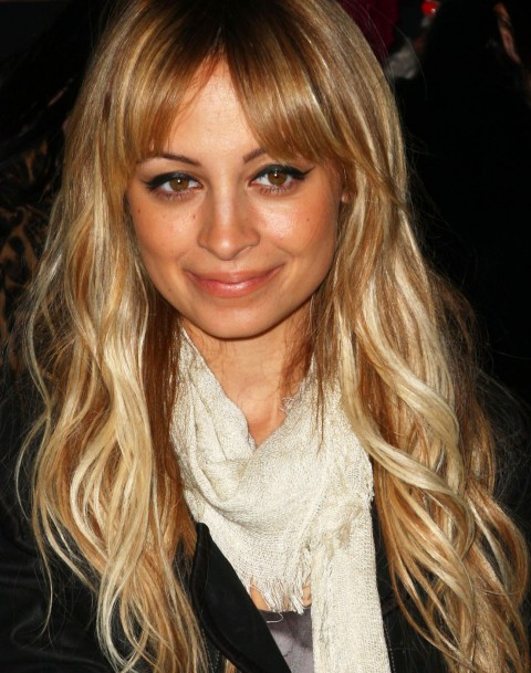 nicole richie long blonde hair. Nicole Richie's long elegant blonde ponytail