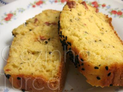 Cake de Courgette e Sujuk (Kabaklı Sucuklu Kek)