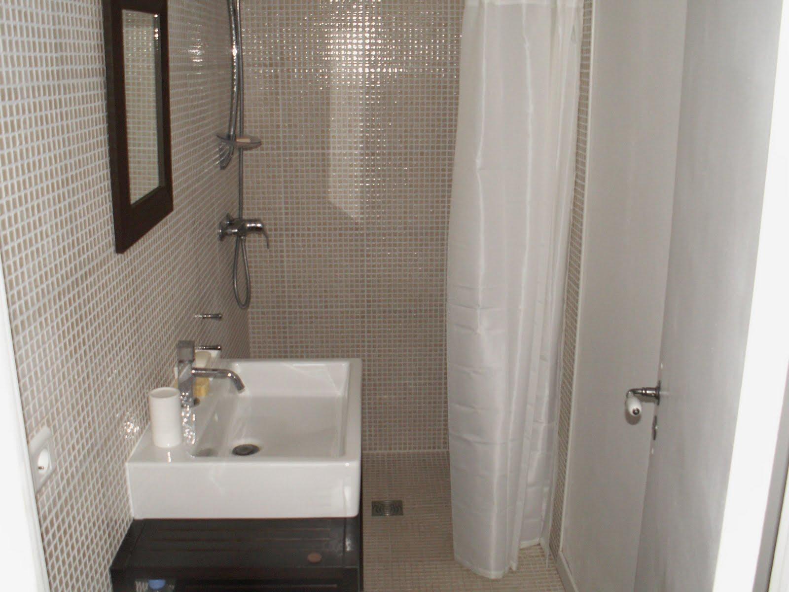 Grande maison ancienne de 180 m2 r nov e peyzac - Salle de bain ancienne bois ...