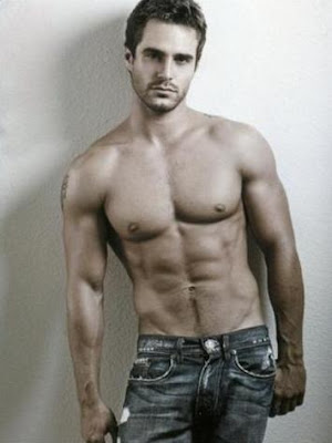 Random HOT Guy Number 1. The body, the face, very AX to Z! I give this guy ...