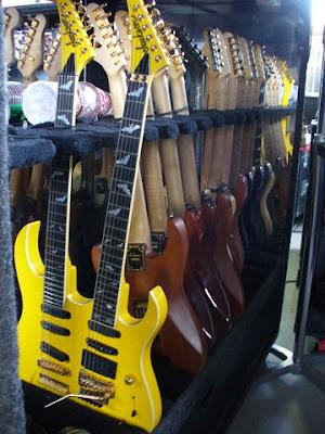 Def Leppard guitars