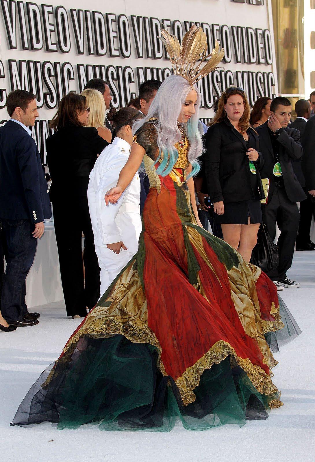 http://3.bp.blogspot.com/_Pdz1UBXpP3s/TJA2R_oN_sI/AAAAAAAAB24/eR3bsieTn88/s1600/A-Gaga.jpg