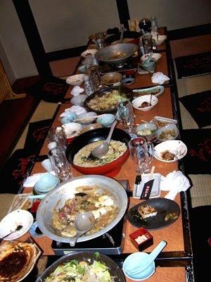 Die Reste (!) unseres leckeren Abendessens in der Izakaya