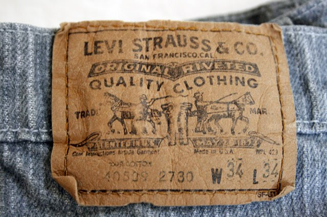 Levis tag