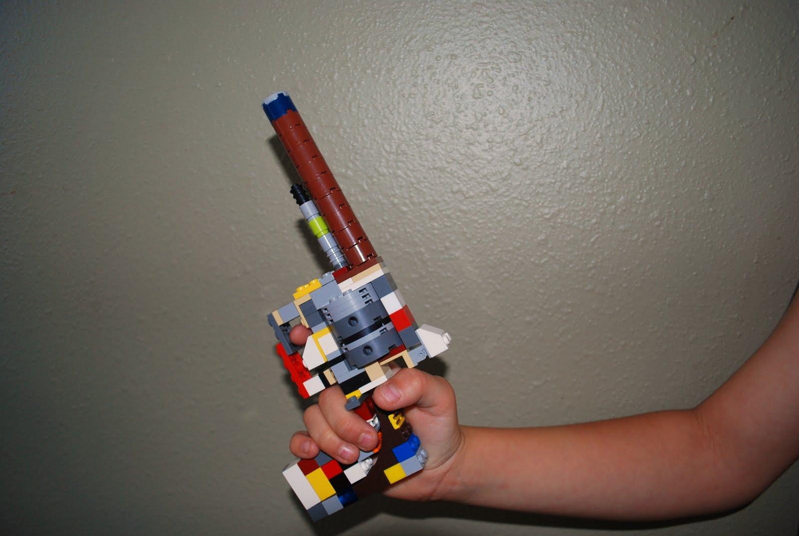 how to make a mini lego revolver