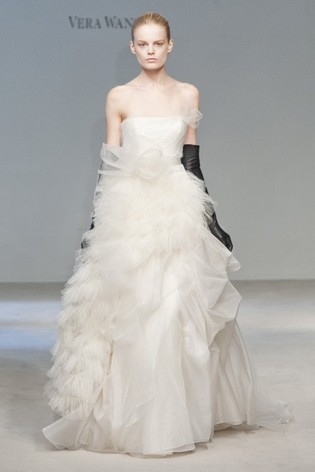 Vera Wang Feather Wedding Dresses 2012 Black White Teal Purple