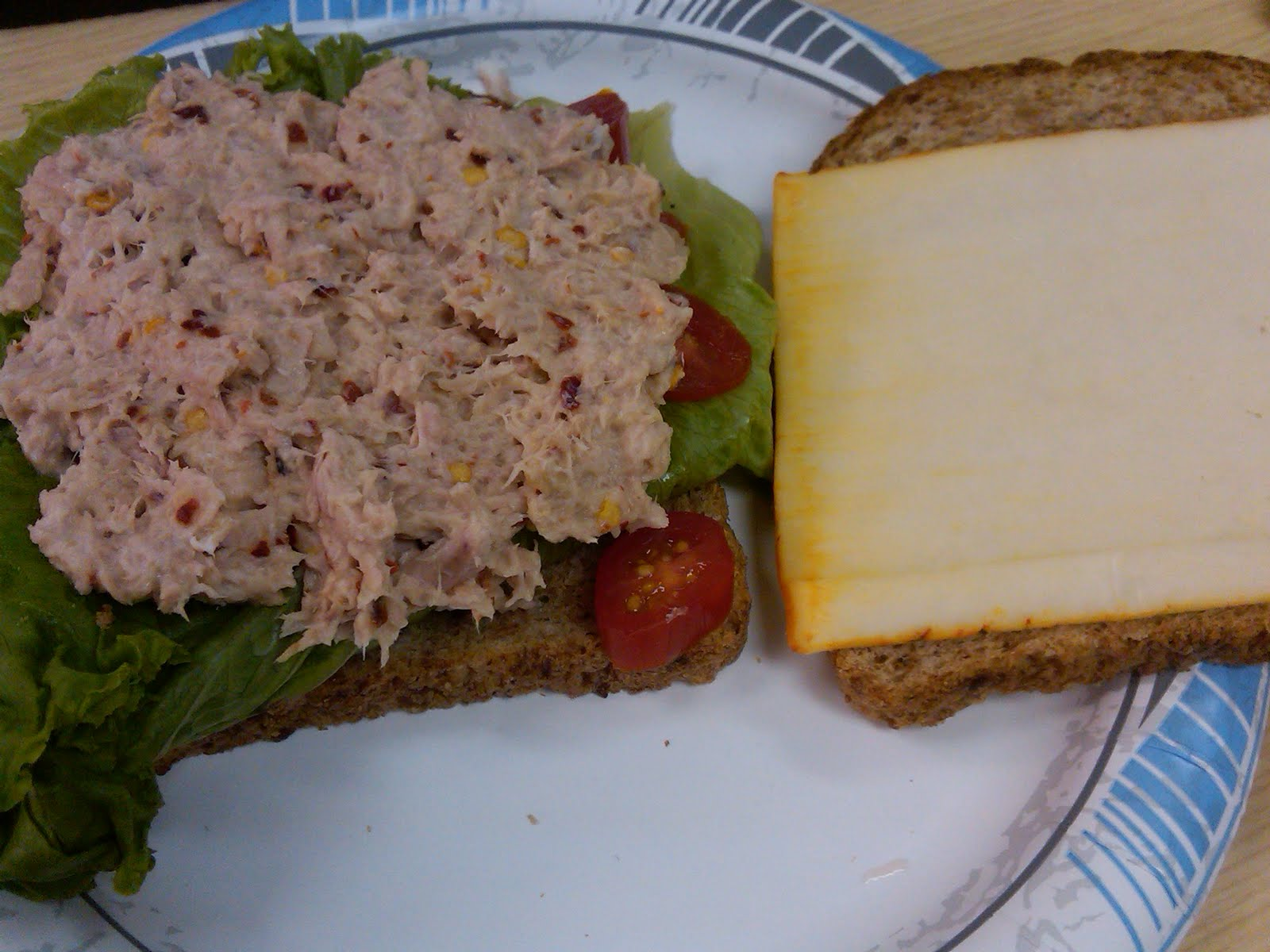 Kanwal 39 s kitchen recipe alert my awesome tuna fish sandwhich for How to make a tuna fish sandwich
