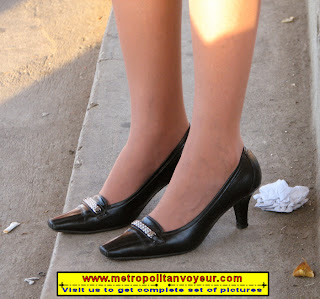 heel shoes permeate sun ray bathe airport duty free zone garbage trash step shoes