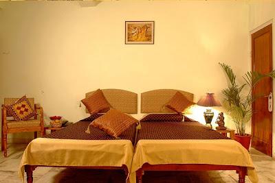 Ethnic indian decor sarang palace jaipur for Home decor jaipur