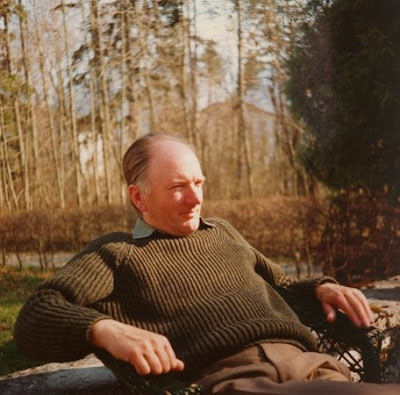 Thomas Bernhard at ease
