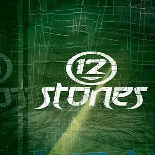 http://3.bp.blogspot.com/_PlBbmJfEtac/SLIZOkFEPKI/AAAAAAAAAOg/c-4z2EJZ9sE/s320/12_Stones_2002.jpg