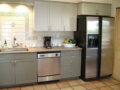 Kitchen Cabinets Is To Paint Them Ensure The Kind Of Paint You