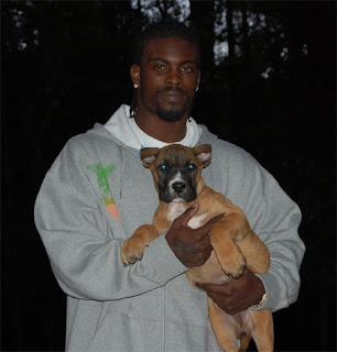 Michael Vick To Be Spokesperson For PETA