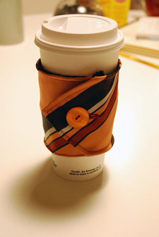 necktie-coffee-cup-cozy